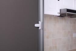 Mandallı Buzdolabı Kilidi Beyaz - Thumbnail